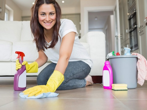 Вымываем тщательно плитку